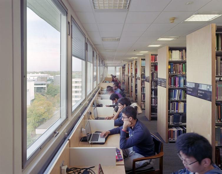 Warwick University Library, new perimeter study desks.4/17