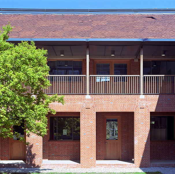 Brick and timber courtyard elevation.4/20