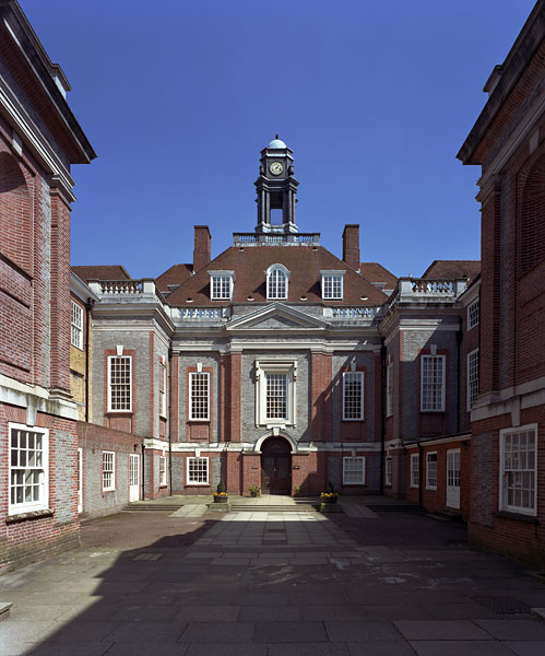 The existing school building by Edwin Lutyens.9/20