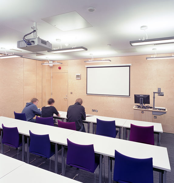 Warwick University Modern Records Centre, teaching space.16/17