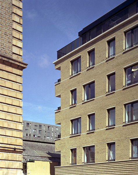 Crisply detailed new brickwork facade.18/19