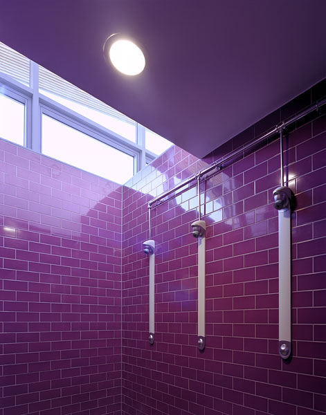 Shower room with clerestory. 23/41