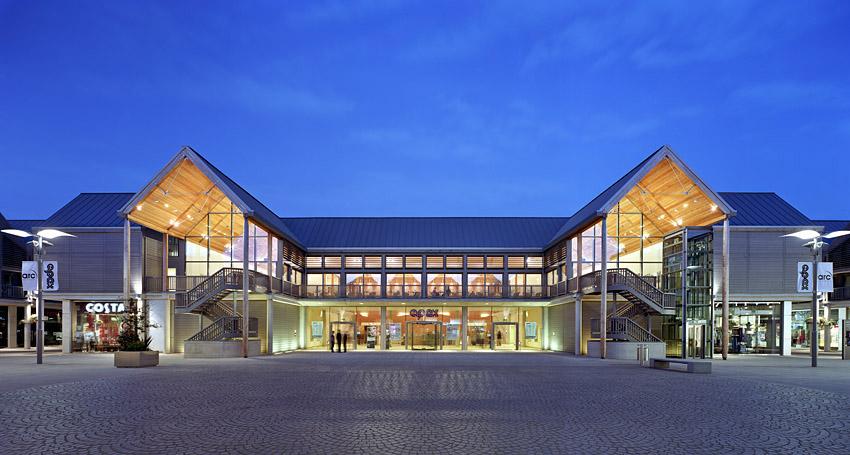 55e0a682ee6 Michael Hopkins Architects – Arc Centre Bury St Edmunds