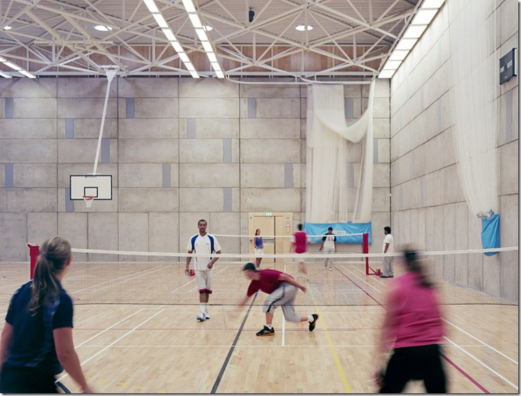 021-sports-hall-badminton-match