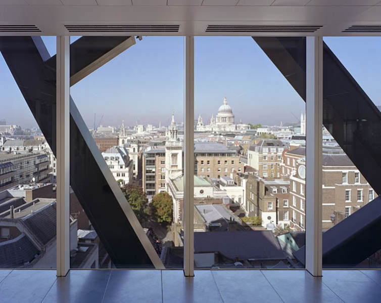Office space offers views over the city framed by the external steelwork.5/26