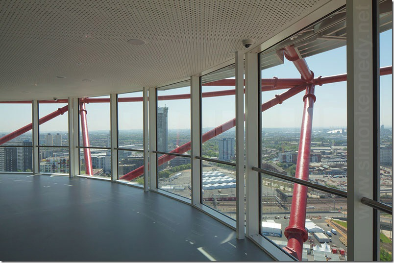 027-orbit-interior-photograph-lower-observation-deck-architecture