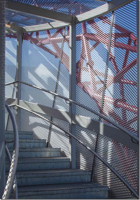 050-orbit-staircase-cecil-balmond