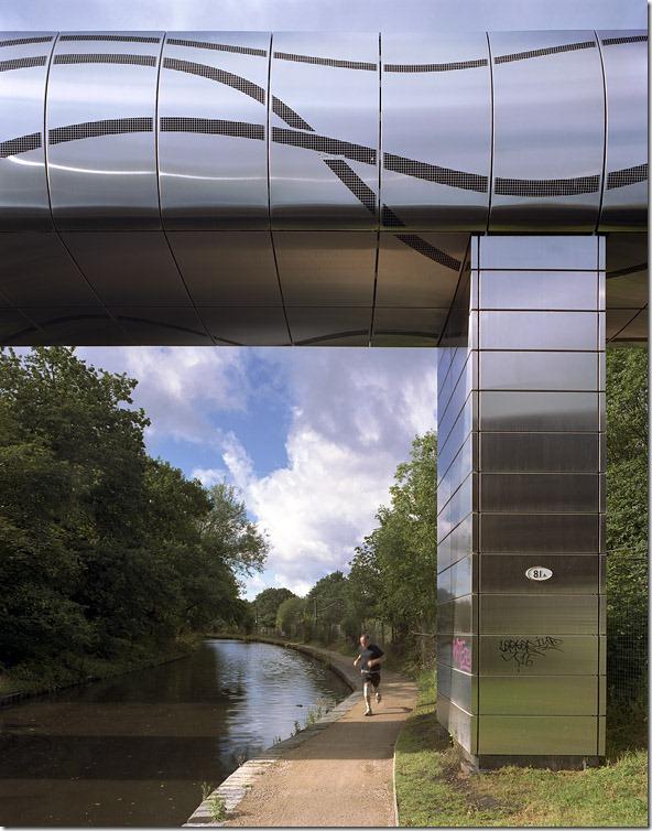 Steam-bridge-birmingham-003-jogger