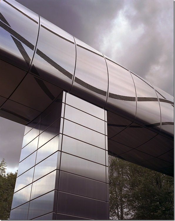 stainless-steel-reflect-cladding-architecture