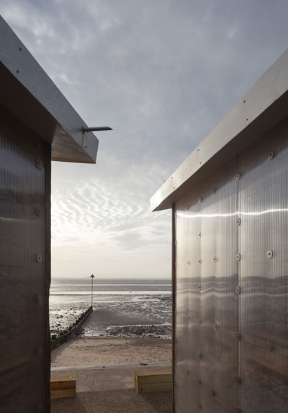 Beach Huts in Shoeburyness by Pedder Scampton Architects. 7 of 20