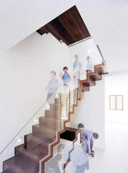 Staircase showing built-in functions, by Patrick Lewis Architects.1/65