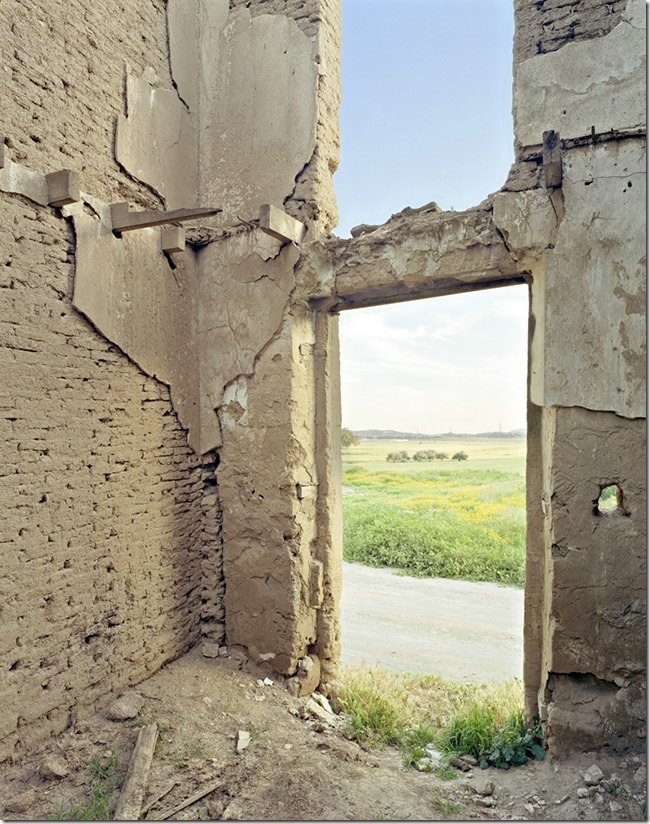 003-abandonned-interior