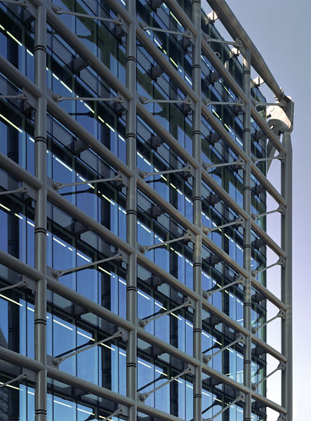 Cannon Place, Cannon Street, London, by Foggo Associates: close view of the main facade.16/48