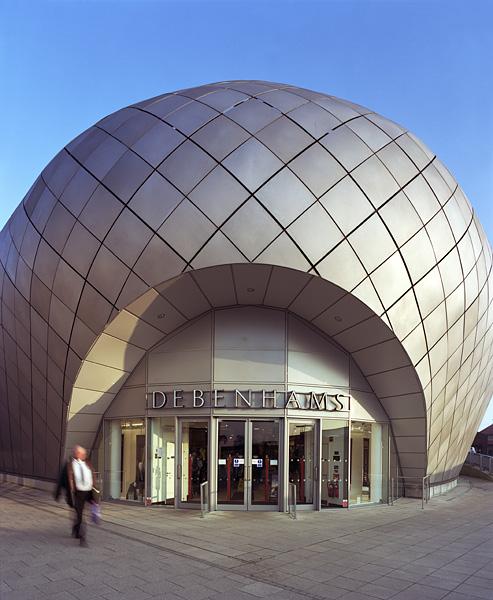 The ARC Centre, Bury St Edmunds, Suffolk, by Hopkins Architects: rear entrance to Debenhams.29/48