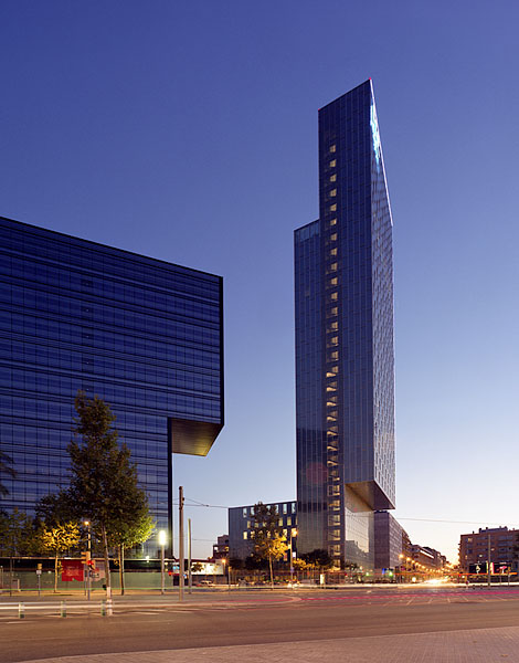 Sky Hotel, Barcelona, Dominique Perrault: view from the street.41/48