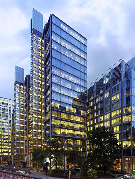 88 Wood Street, London, by the Richard Rogers Partnership: dusk view.45/48