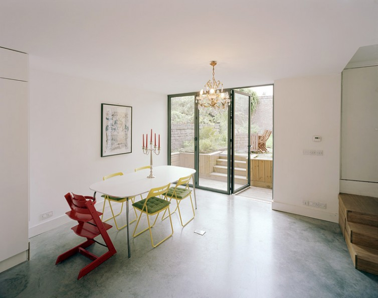 Private residence in London by Haptic Architects: ground floor kitchen/dining room.63/65