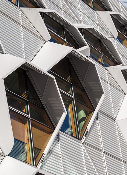 Coventry University, Arup Associates. 16 of 20