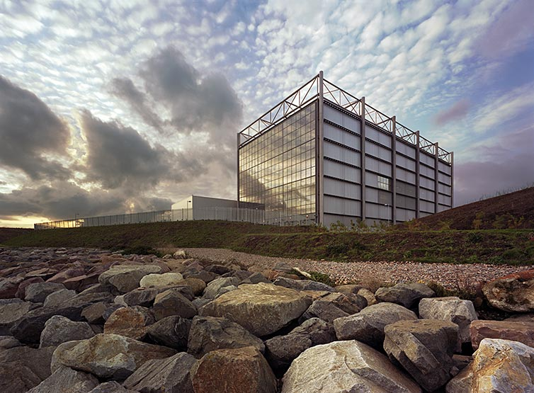 Jersey Energy From Waste Plant, by Hopkins Architects. 05 of 20