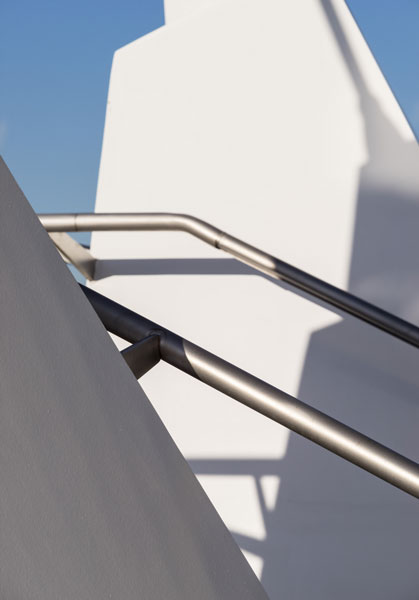 External architectural handrail detail photograph. 6 of 15.