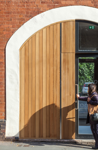 Custom timber door with arched surround, 02 of 14