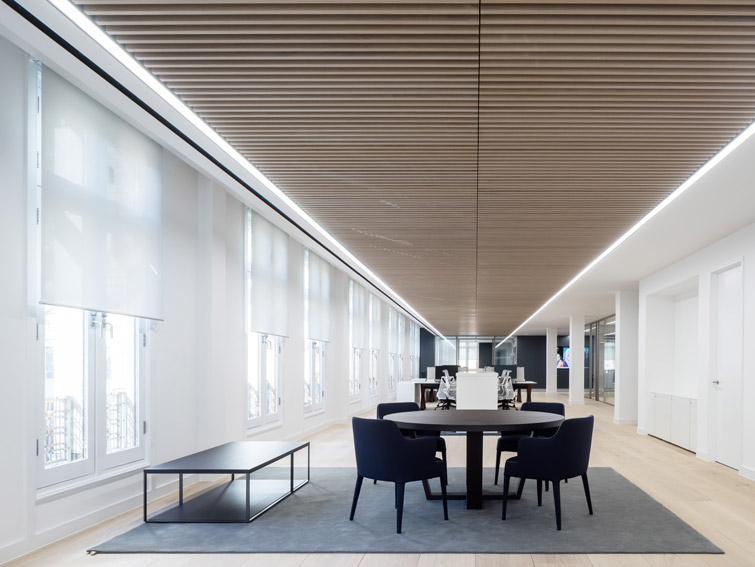 The office features a beautiful, directional interior timber soffit, 02 of 07
