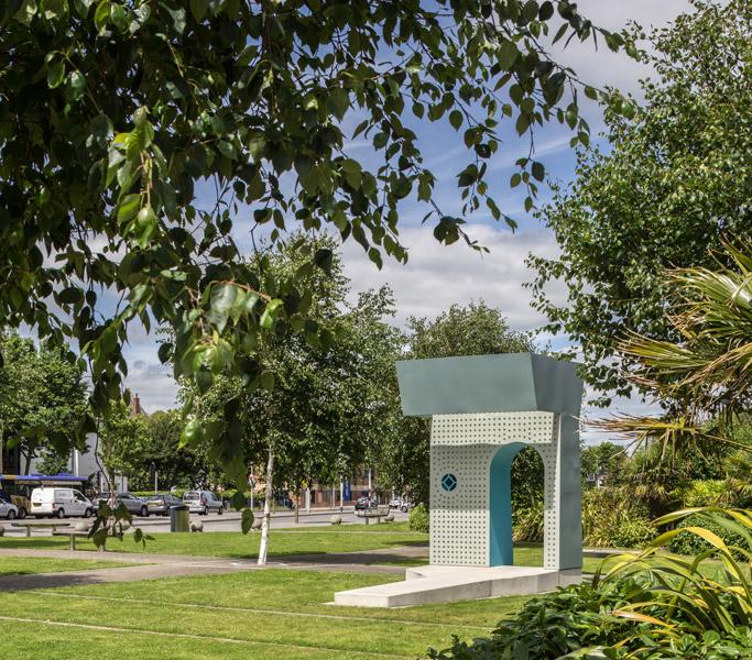 Sculptural architectural pavilion photograph, 02 of 07