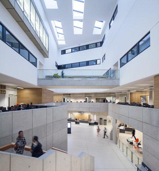 Interior atrium, 04 of 07