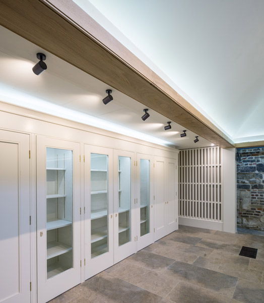 Interior view showing bespoke joinery, 04 of 12