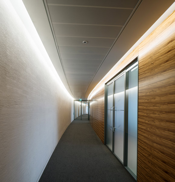 Interior corridor showing veneered panels, 04 of 14