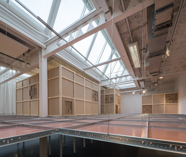 "Photo showing the ""roof space"" in the gallery, 04 of 10"