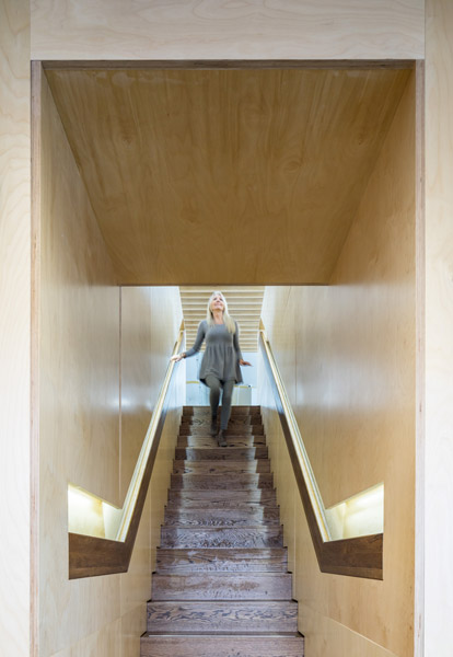 Interior staircase view, 05 of 08