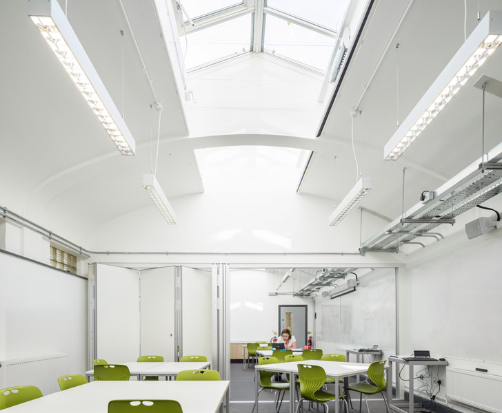 Classroom featuring sliding folding partition for flexibility, 03 of 06