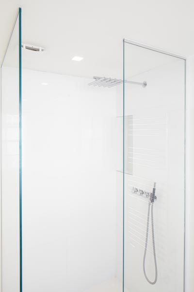 Minimalist shower, 07 of 20