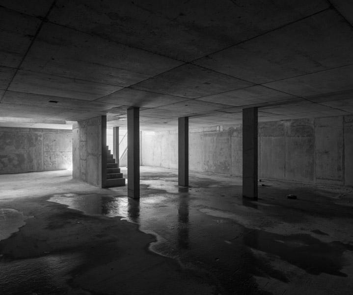 Bare concrete, 08 of 24