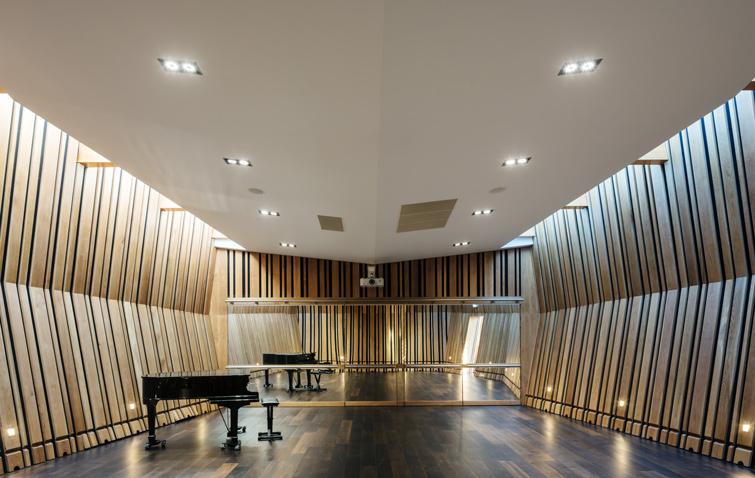 Interior architectural photograph, 13 of 16.
