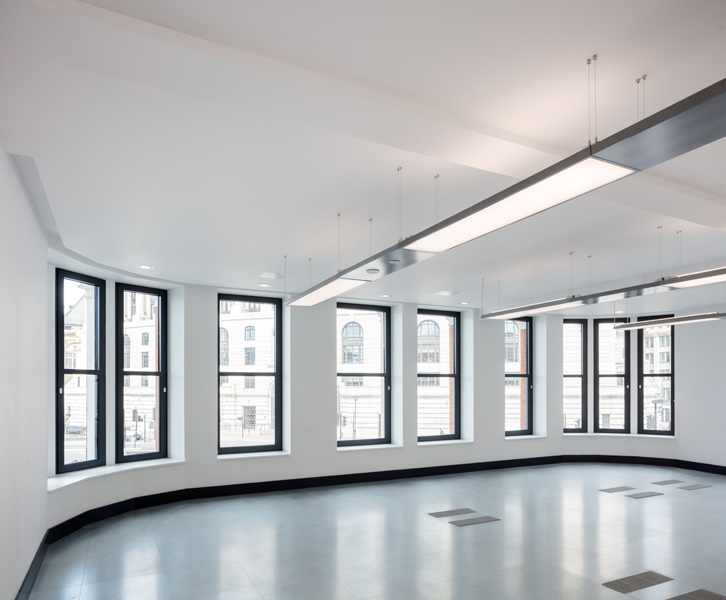 Interior photograph showing the office fit-out, 03 of 13.