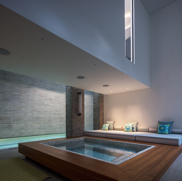 Pool jacuzzi area with soft and variable lighting, 08 of 14.