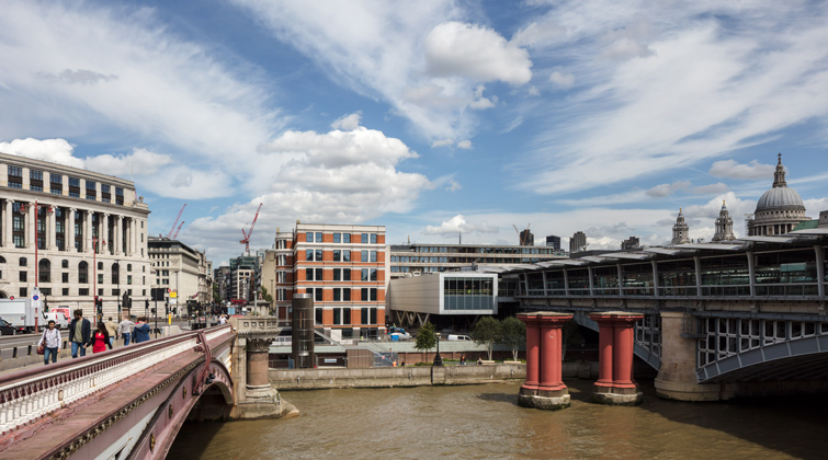 Exterior architectural photographer, office development across the Thames, 10 of 13.