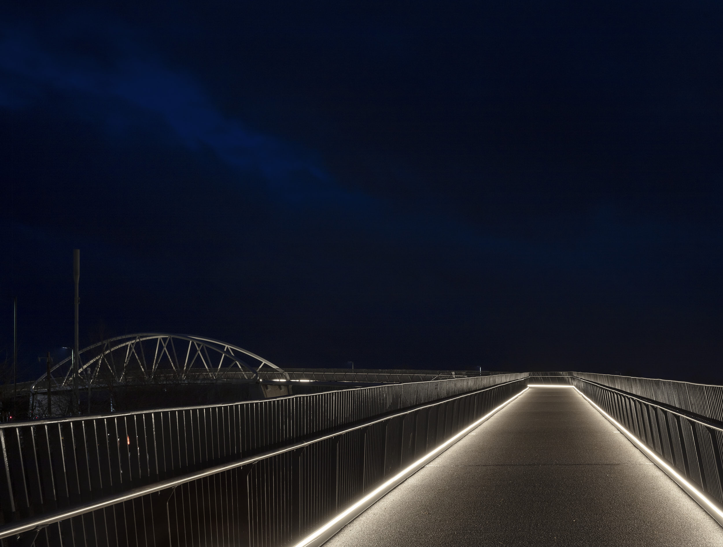 The bridge length and design of the lighting creates an extraordinary cinematic experience.