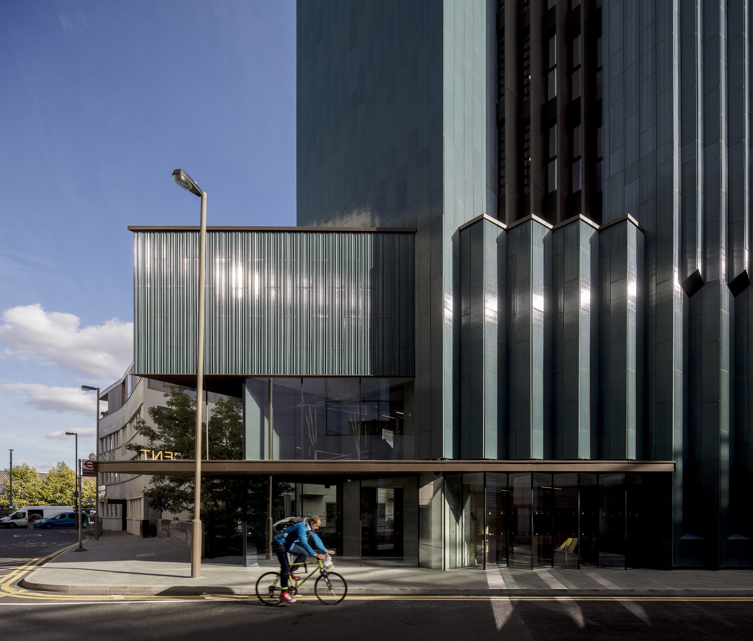 Exterior photography showing the facade element relationship orchestration.