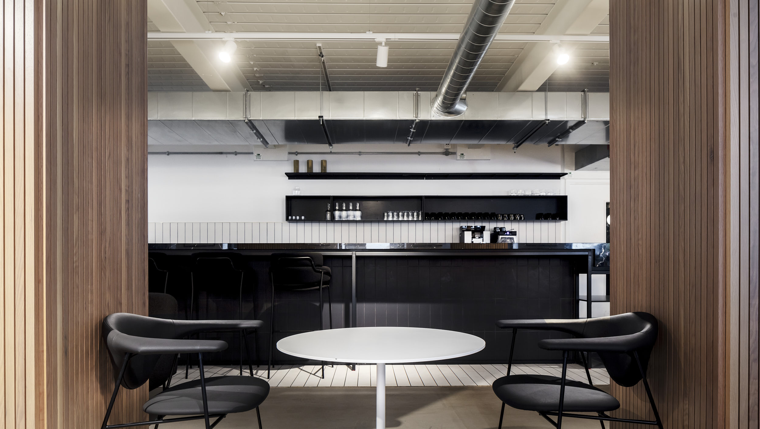 Design is by Moxon Architects who are based in London and Crathie.