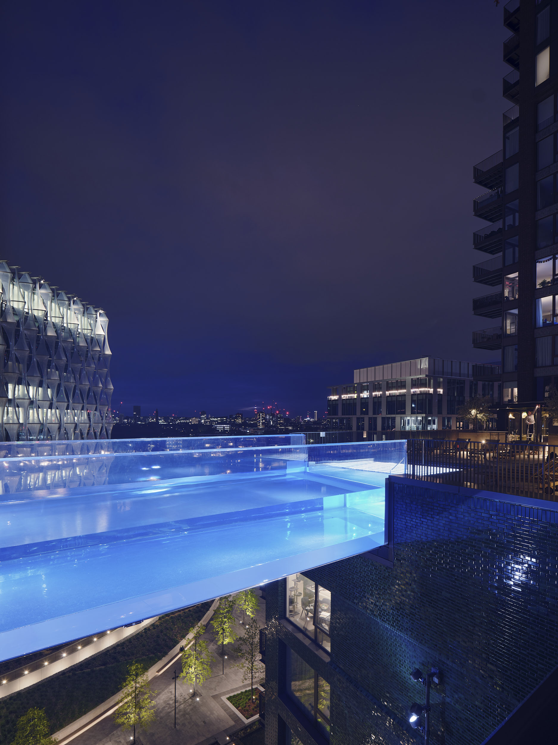 The pool is engineered to respond to the movement of the supporting buildings.
