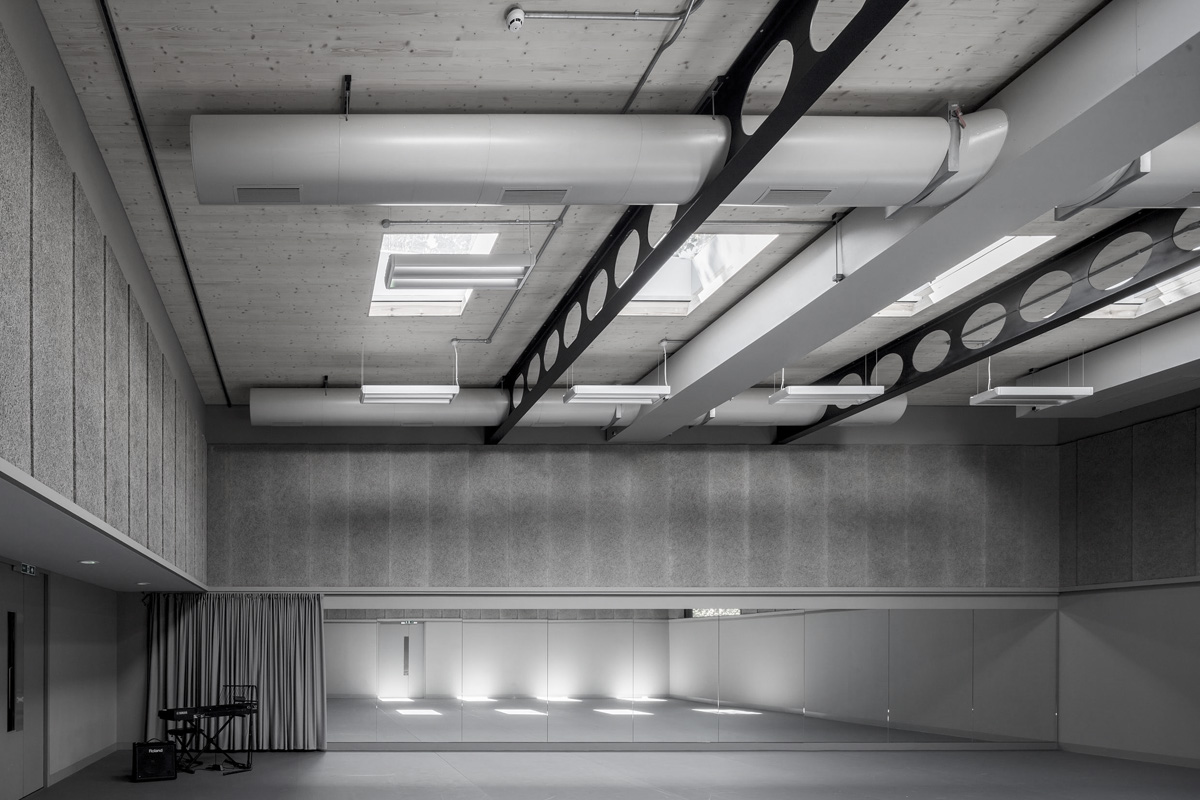 Portfolio: architectural photography at Regents Park Open Air Theatre.